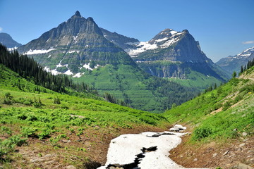 Mountain scenery of Glacier National Park in the USA.