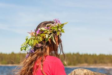 Blumenkranz zu Mittsommer in Schweden