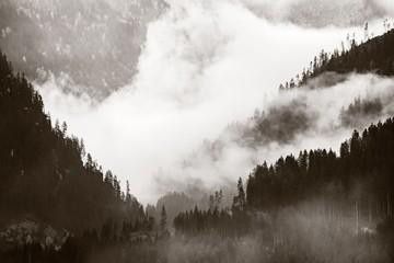 Keuken foto achterwand Chocoladebruin Dolomites fog valley