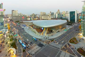 SEOUL, SOUTH KOREA- NOVEMBER 20, 2016: Dongdeamun Desig Plaza at night seoul Seoul South