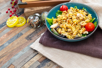 fusilli roast chicken and Italian cheese with basil and parmesan sauce