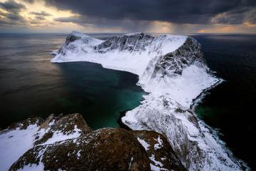 Snowy ridge Vaeroy