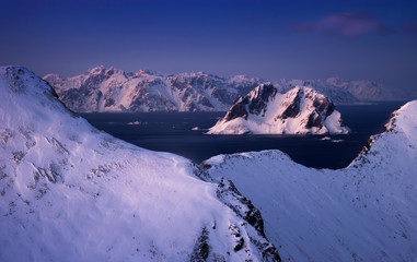 Mosken Lofoten winter