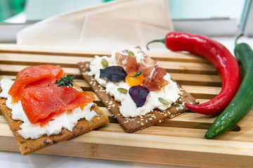 Sandwiches made from crispbread and cottage cheese.