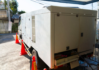 高圧洗浄車 マンション配管清掃