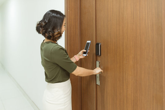 mobile phone used for open safety door of her house