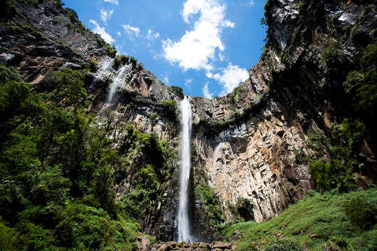 Big Cascade waterfall in a n nation Park in south of Brazil