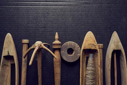 old loom wooden shuttle - antique shuttle weaving tool / boat shuttle for hand weaving