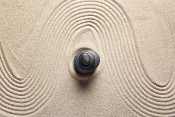 Photo sur Plexiglas Zen pierres a sable Stones on sand with lines. Zen concept