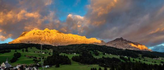 Stores à enrouleur Europe de l Est Sasso di Santa Croce in eastern Dolomites, Badia valley, South Tyrol, Italy