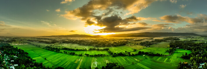 Panoramic Shot Of Agricultural Field Against Sky During Sunset Fototapete