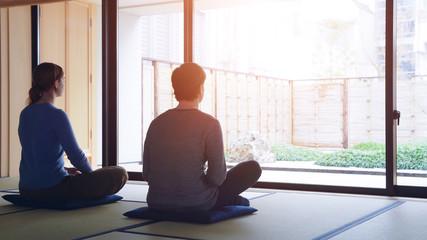 Foto op Plexiglas Zen 座禅する外国人