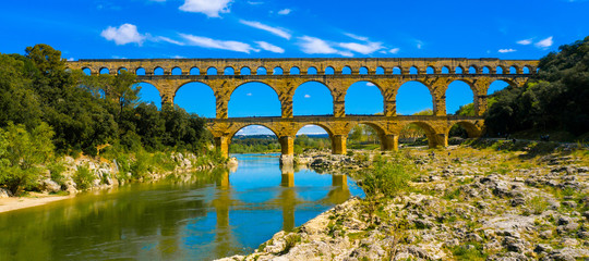 pont du gard- french bridge touristic, gard