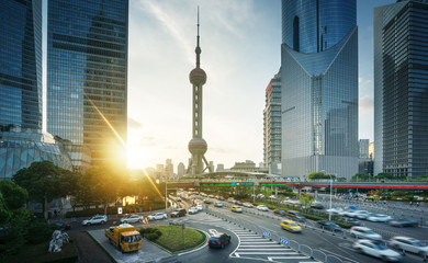 Fotomurales - sunset in Shanghai lujiazui financial center, China