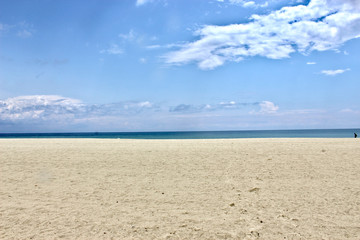 plaża Olympiaki Akti w tle morze egejskie