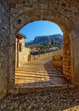 Stari Most, old bridge in Mostar by day, Bosnia and Herzegovina