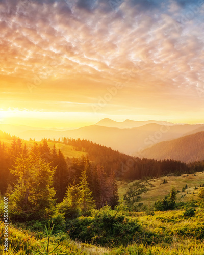 Wall mural sunset in the mountains