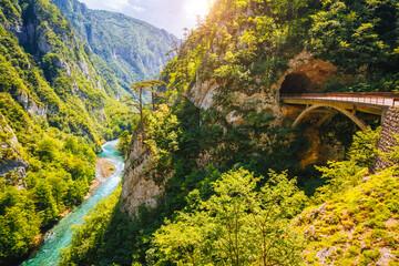 壁紙(ウォールミューラル) - Top view on the great canyon of river Piva. Location place National park Durmitor, Montenegro, Balkans, Europe.