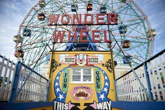 CONEY ISLAND, UNITED STATES - Sep 05, 2017: Wonder Wheel