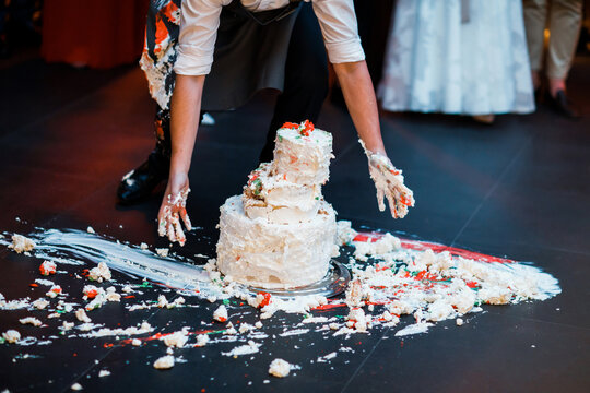 Wedding cake that fell to the floor.