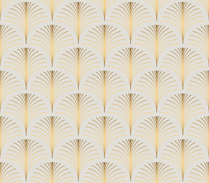 Vintage style elegant floral art deco repeat fan pattern/stylized palm leaf in golden metallic gradient on light background. Seamless art deco fan pattern.