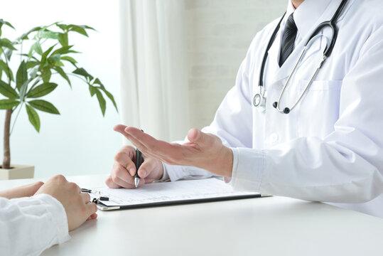 ドクターと患者による問診