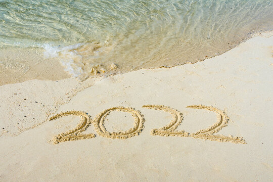 The year 2022 in the sand