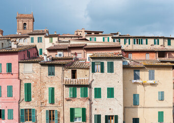 Fototapete - Exterior of old residential building in Siena, Tuscany, Italy