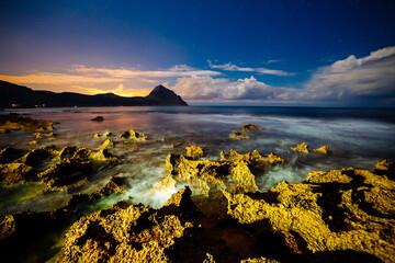 壁紙(ウォールミューラル) - Incredible view of volcanic beach in nature reserve Monte Cofano. Location place of cape San Vito, Sicily, region of Italy, Europe.