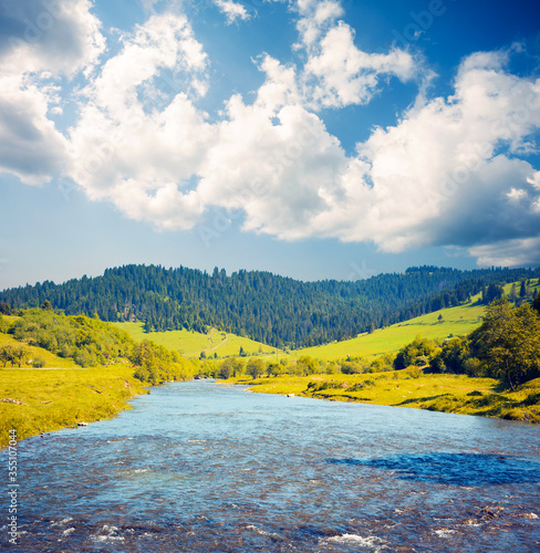 Wall mural Attractive view of the mountain river on a sunny day. Location place of Carpathian mountains, Ukraine.