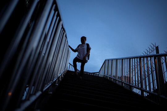 The Wider Image: Calls to suicide helpline show Thais' stress in downturn