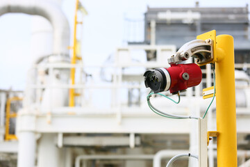 Gas detector station on oil and gas plant and monitor gas leaked around the production process for alarm in fire case.
