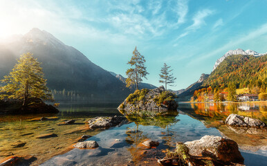 Fotomurales - Awesome Sunny nature landscape. Impressively beautiful Hintersee lake at sunrise. best popular location for photographer in World. view of German Alps, Bavarya, Europe. Natural Background for postcard