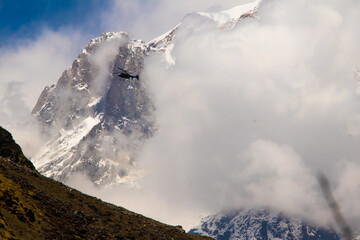 Printed kitchen splashbacks Helicopter Image of a helicopter flying in a mountain area of kedarnath uttarakhand