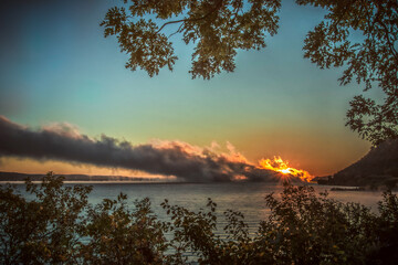 Door stickers Chocolate brown Sunrise Fog Roll on the Lake