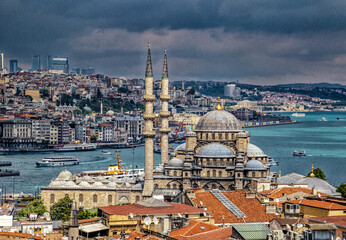 The New Mosque, originally known as the Valide Sutan Mosque, was built between 1660 and 1665.