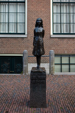 Statue of Anne Frank in Amsterdam