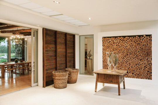 Wood accents in luxury foyer
