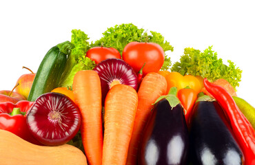 Wall Mural - Ripe, bright vegetables and fruits isolated on white background.