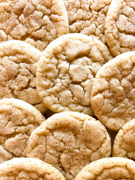 close up of snickerdoodle cookies