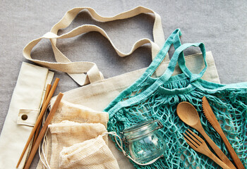 Mesh bag, cotton bags and glass jars