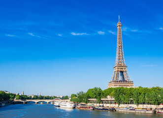 Wall Murals Paris 世界遺産 パリのセーヌ河岸 エッフェル塔