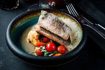 Pike perch fillet with vegetables