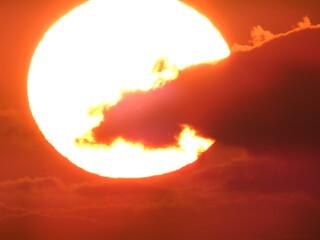 Fototapeten Ziegel soleil avec nuage