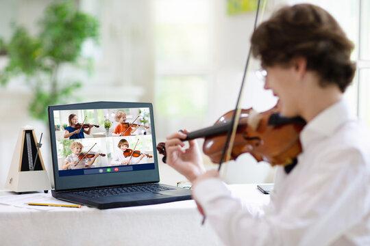 Violin lesson online. Music remote tuition.