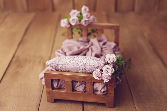 Newborn Digital Background Spring rose Basket Prop for Newborn. For boys and girls. Wood back. shoot set up with prop bed and wood backdrop
