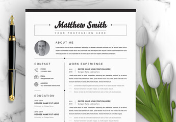 Professional Resume Layout with Photo Placeholder
