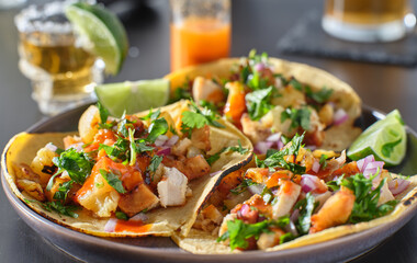 Wall Mural - chicken and grilled pineapple street tacos with hot sauce