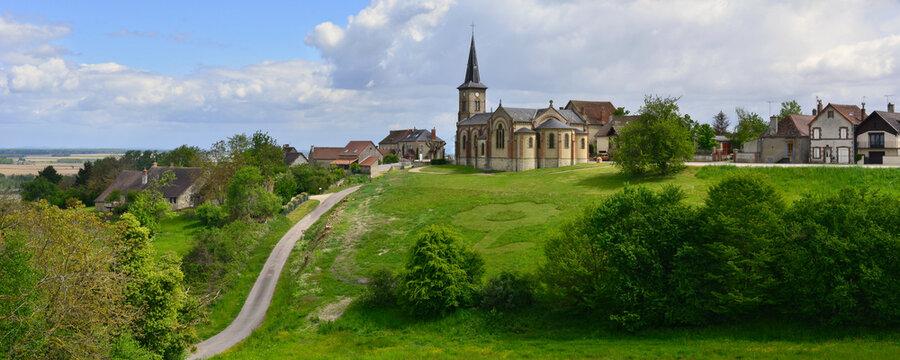 Panoramique Monétay-sur-Allier (03500), Allier en Auvergne-Rhône-Alpes, France.