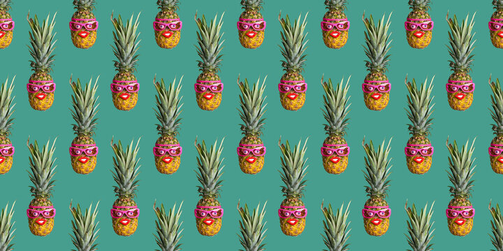Pattern of pineapples